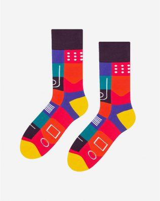 Skarpetki – wzory geometryczne, kolorowe